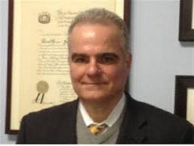 吉姆·伦巴迪律师
