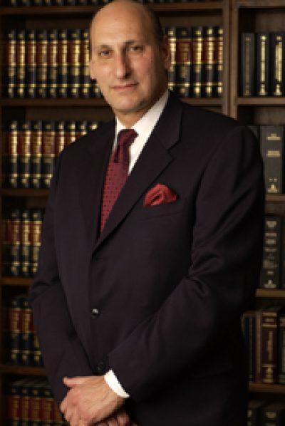 卢森堡律师